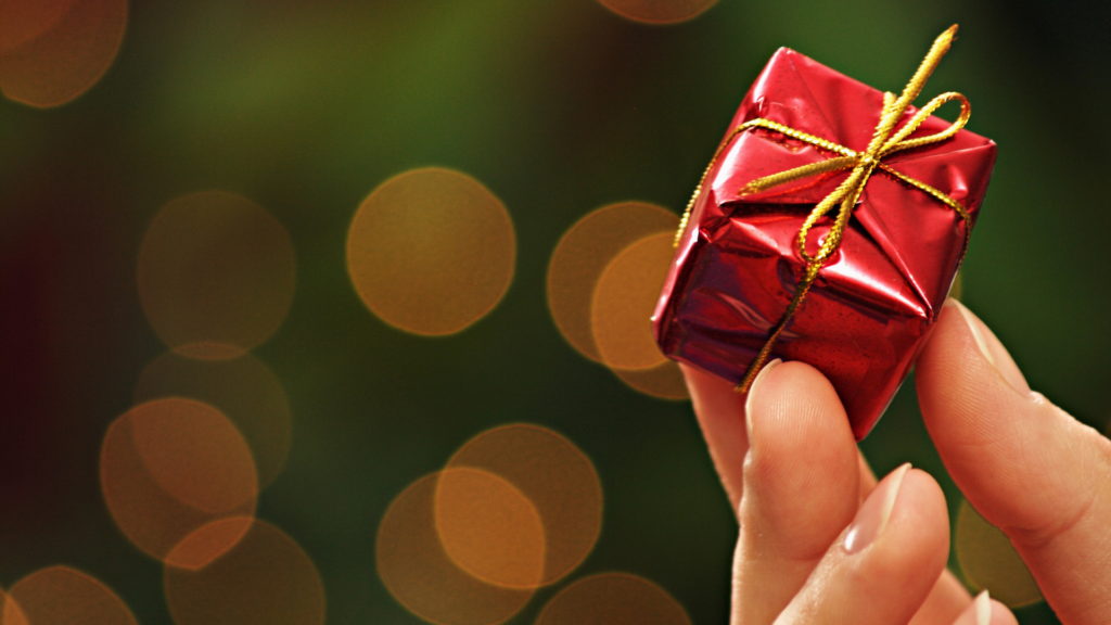 PS_College Christmas Gifts - featured image