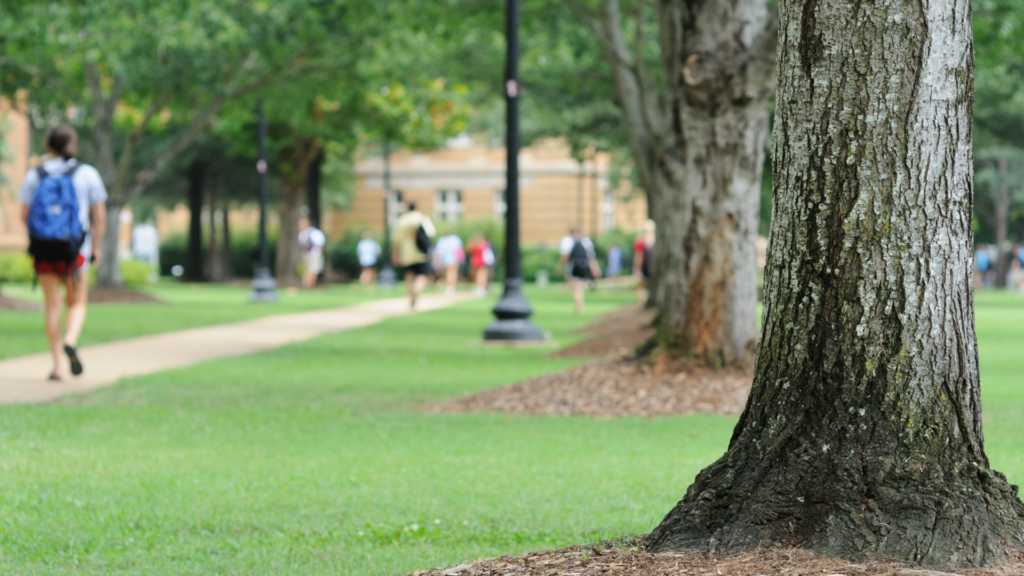 PS_Safest College Towns - featured